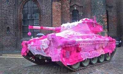 Mysigt täcke till stridsvagnen. Foto från DN.se.