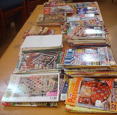 Britt-Inger hade sorterat ut en hel del tidningar. Jag köpte fem men hade gladeligen tagit allihop om jag hade kunnat!